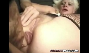 Barbie face granny does anal with large pecker