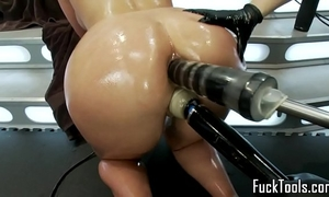 Pussy licking lesbian babes fist and toy fur pie