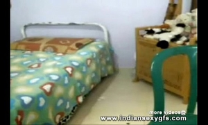 Hot desi collegegirl exposing front on livecam - indiansexygfs.com