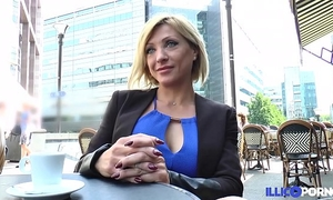 Lisa, belle milf corse, vient prendre sa double pe?ne? a? paris [full video]